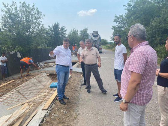 DJ 564-Realizare accese la proprietăți și rigole în satul Nicolae Balcescu, oraș Vânju Mare, jud.Mehedinți.